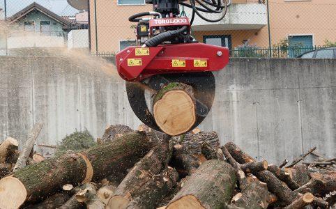 pinza-troncos-motosierra-accessoris-maquinaria-forestal